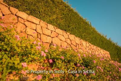 Villa-graziano-with-pool-seaview-sicily-real-estate-25