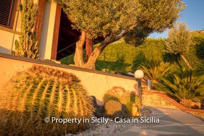 Villa-graziano-with-pool-seaview-sicily-real-estate-27