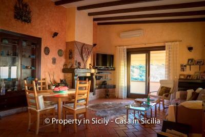 Villa-graziano-with-pool-seaview-sicily-real-estate-30