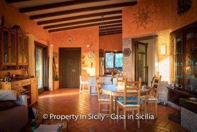 Villa-graziano-with-pool-seaview-sicily-real-estate-31