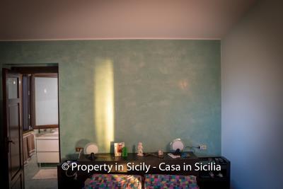 Villa-graziano-with-pool-seaview-sicily-real-estate-35