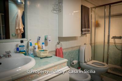 Villa-graziano-with-pool-seaview-sicily-real-estate-37