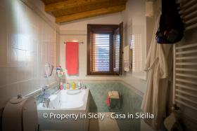 Image No.38-3 Bed Villa for sale