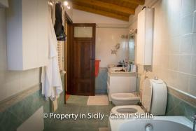 Image No.39-3 Bed Villa for sale