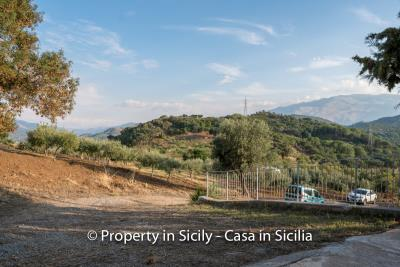 Casa-Rosa-real-estate-cefalu-ready-to-use-property-in-sicily-5