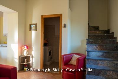 Casa-Rosa-real-estate-cefalu-ready-to-use-property-in-sicily-10