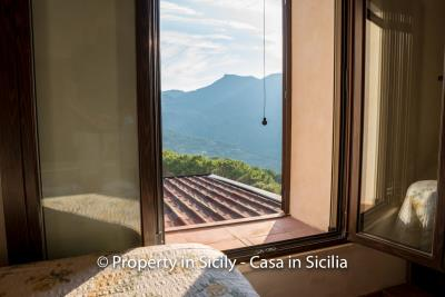 Casa-Rosa-real-estate-cefalu-ready-to-use-property-in-sicily-13