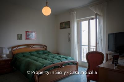 Casa-salvina-pollina-townhouse-property-sicily-2
