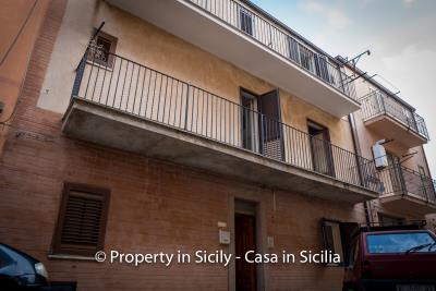 Casa-salvina-pollina-townhouse-property-sicily-1