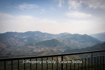 Casa-salvina-pollina-townhouse-property-sicily-10