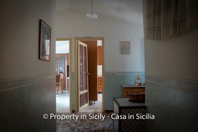 Casa-salvina-pollina-townhouse-property-sicily-15