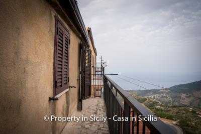 Casa-salvina-pollina-townhouse-property-sicily-22