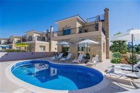 Image No.2-Villa de 3 chambres à vendre à Prodromi