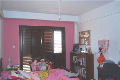 08-bedroom-4