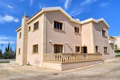 rear-of-villa