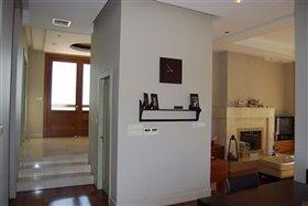Image No.12-Villa de 5 chambres à vendre à Agios Athanasios