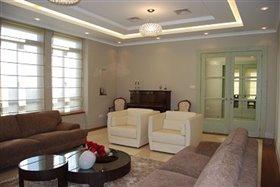 Image No.3-Villa de 5 chambres à vendre à Agios Athanasios
