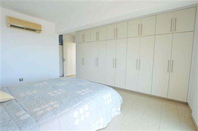 downstairs-bedroom-5