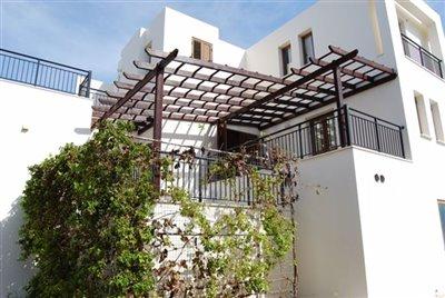 18-veranda-from-the-studio-apartment