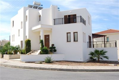 2-villa-exterior