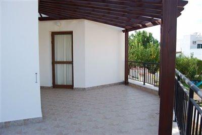 14-veranda-with-pergola