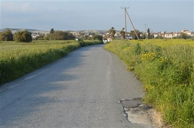 right-access-road