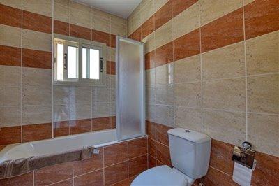family-bathroom-2