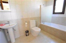 Image No.8-Villa de 3 chambres à vendre à Polemi