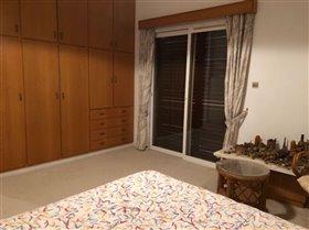 Image No.24-Villa de 6 chambres à vendre à Agios Athanasios
