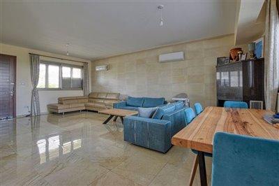 lounge-dinning-area-3