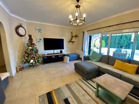 Image No.7-5 Bed House/Villa for sale