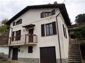 Image No.1-Maison de 2 chambres à vendre à Bagnone
