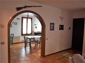 Image No.9-Maison de 2 chambres à vendre à Bagnone