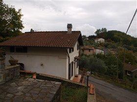 Image No.4-Maison de 2 chambres à vendre à Bagnone