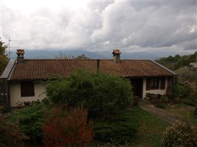 Image No.5-Maison de 2 chambres à vendre à Bagnone