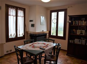 Image No.8-Maison de 2 chambres à vendre à Bagnone