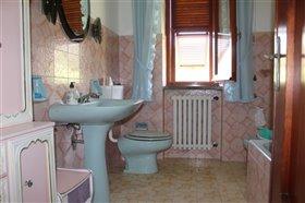 Image No.18-Maison de 3 chambres à vendre à Bagnone