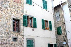 Image No.2-Appartement de 1 chambre à vendre à Bagnone