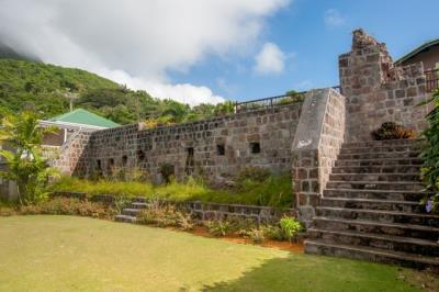 19-Jamaica-Train-Hot-Wall--4218