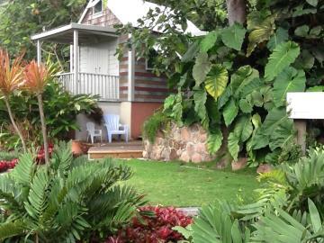 Palm-Terrace-guest-Cottage-1