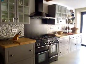 Image No.5-Villa / Détaché de 5 chambres à vendre à Causses-et-Veyran