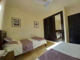 Image No.32-2 Bed Villa for sale