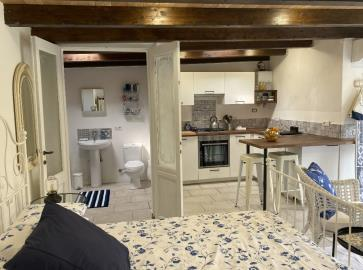 Garden-Studio-kitchen-bathroom