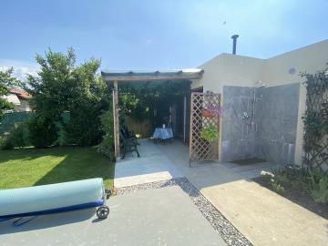 Garden-Studio-patio