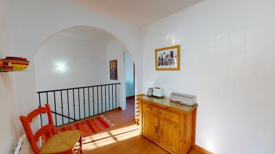 Hallway-Stairs--2-