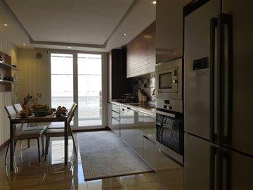 3-bedroom-beylikduzu-apartment-10