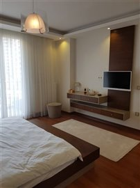 3-bedroom-beylikduzu-apartment-16