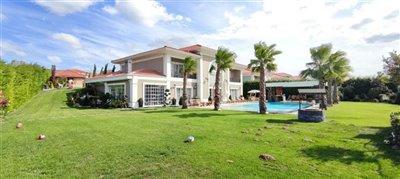 luxury-villa-in-buyukcekmece-15