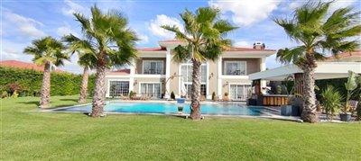 luxury-villa-in-buyukcekmece-14