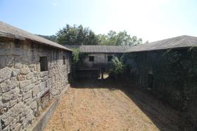 Image No.26-3 Bed Farmhouse for sale